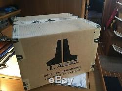 Jl Audio Fs110-w5-cg-wh 10 M10w5-4 Loaded Marine Boat Enclosed Subwoofer White